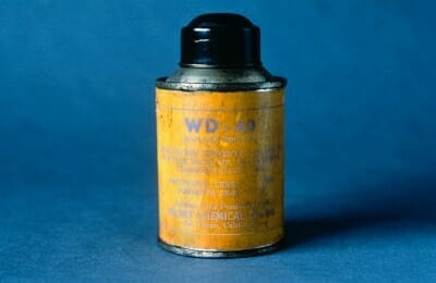 Original WD-40 Can_blue background