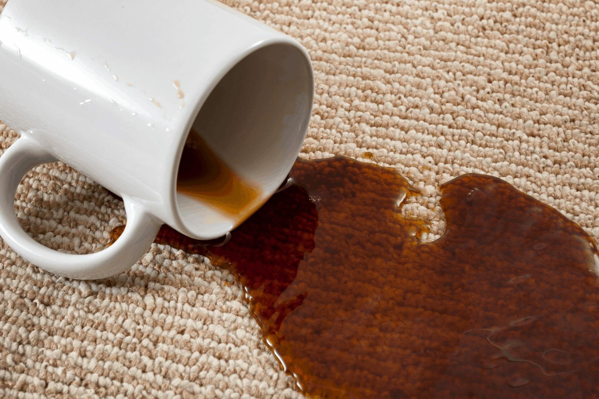 usuwanie plam po kawie